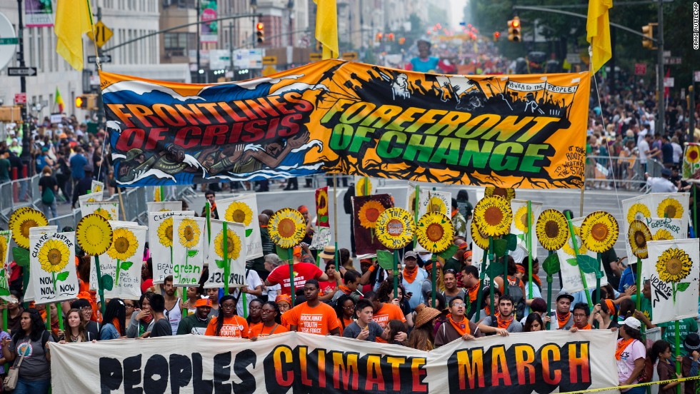 People+rallying+to+stop+climate+change.+courtesy+of+CNN