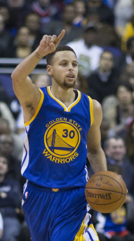 Steph Curry during a Warriors game at Wizards  on 2/3/16 .