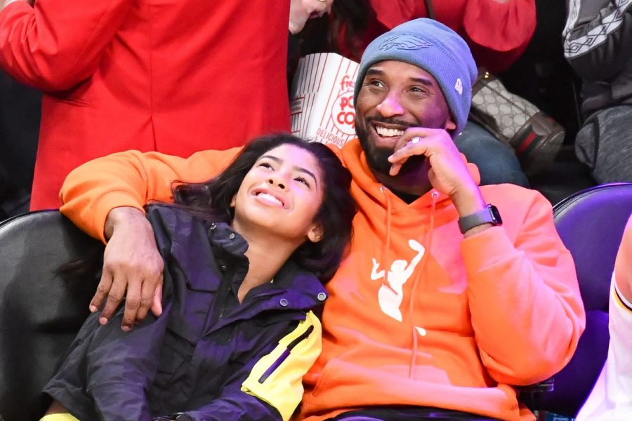 Kobe+with+his+daughter+Gianna+last+public+appearance+at+Lakers+game.